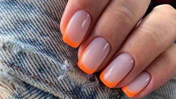 Красивый дизайн ногтей френч цветной